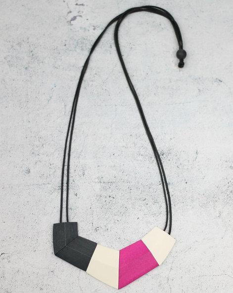 Elise Bib Necklace Pink