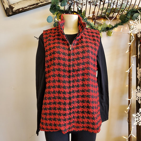 Lulu B Red Houndstooth Vest