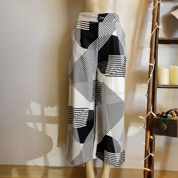 Geometric Black and White Slacks