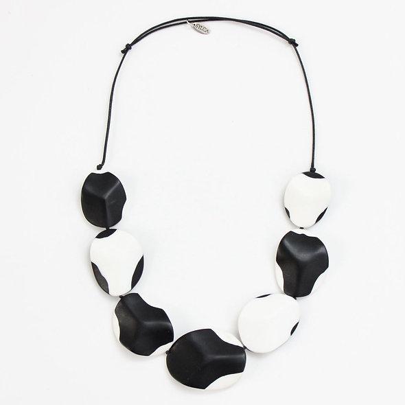 Black and White Iris Necklace