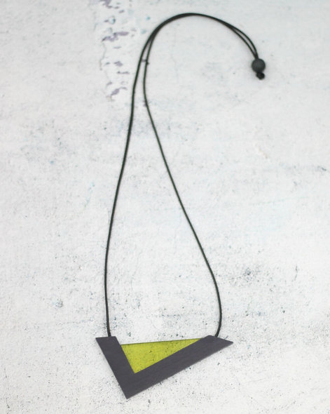 Marin Pendant Necklace Lime
