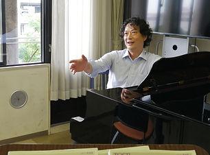 萬田一樹声楽教室1.jpg