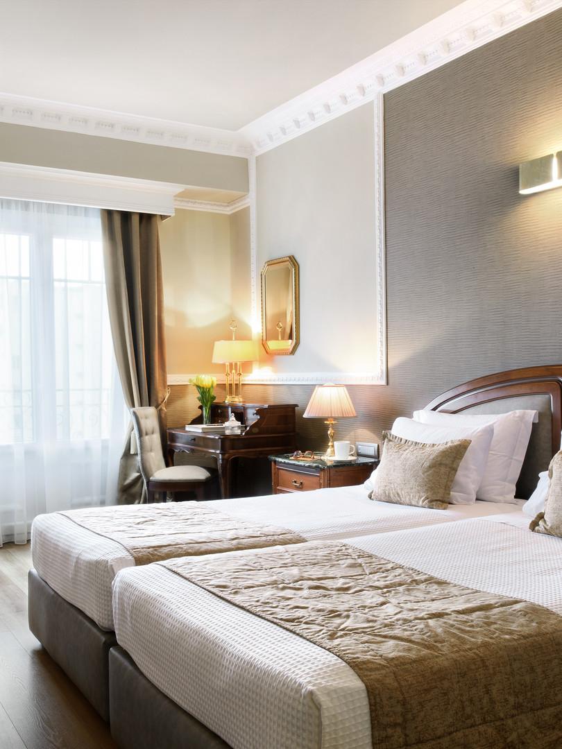 MED Premium room 01.jpg