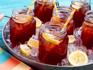 Ένα ποτήρι παγωμένο -σπιτικό- τσάι παρακαλώ..