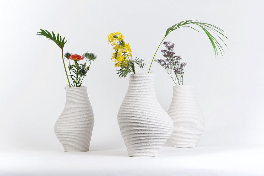 fluid pressure concrete vase studio högl borow