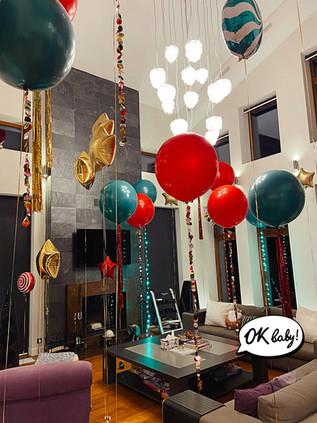 Украшение шарами на Новый год.jpg