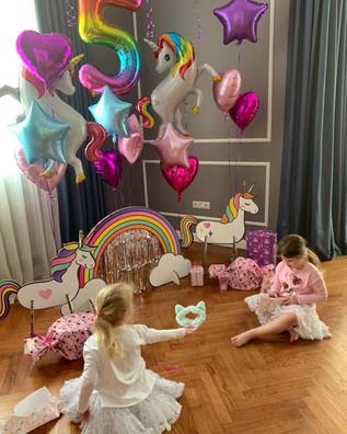 День рождени декор Единороги.jpg