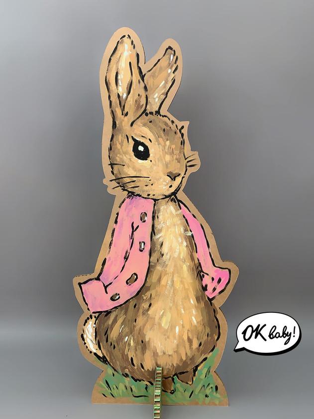 Фигура из картона Кролик Питер.jpg