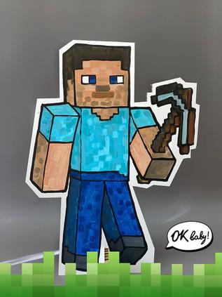 Герой Майнкрафт из картона.jpg