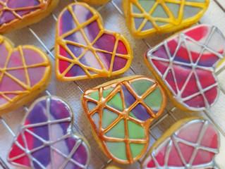 Lime & Lavender Shortbread Hearts with Marbled Fondant & Metallic Geometric Design
