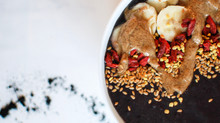 Activated Smoothie Bowl with Detoxifying Charcoal