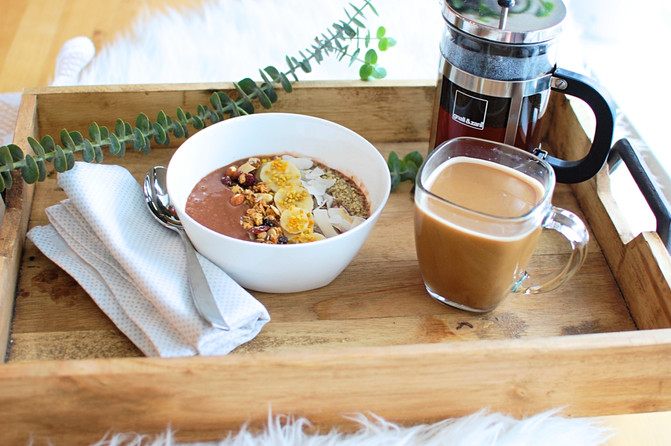 Our Smoothie Bowl Obsession   The Secret to the Perfect Smoothie Bowl