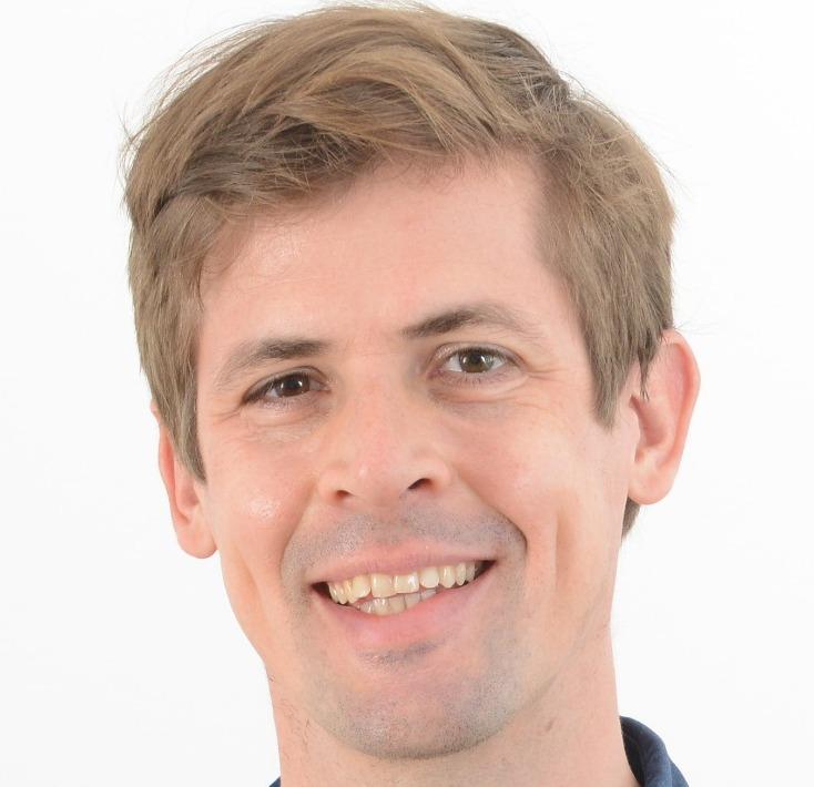 Dr. Tobias Christ