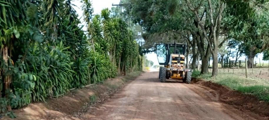 Manutenção de estradas vicinais vai de investimento público a iniciativas de proprietários