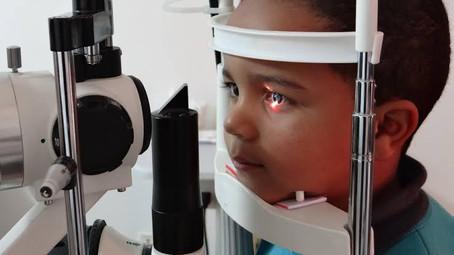 Cerca de 1200 alunos participam do mutirão oftalmológico