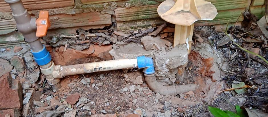 Irregularidades em ligações de água podem gerar contaminação e desperdício