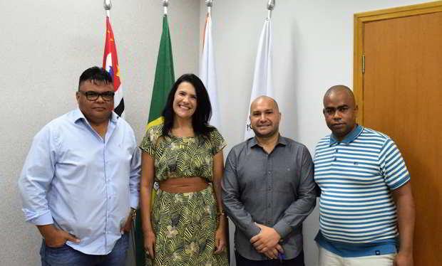Deputada estadual Valéria Bolsonaro visita Câmara de Holambra