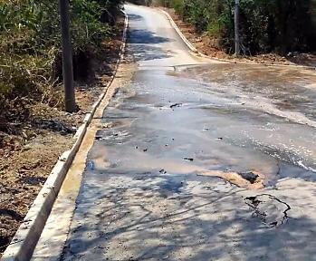 Bairro Camanducaia recebe reparo emergencial na rede de distribuição de água