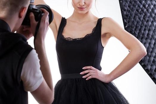 【ファッション・アパレル撮影】撮り方の種類や撮影ポイントを紹介