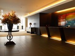 ホテルのフロント_大阪ロケ
