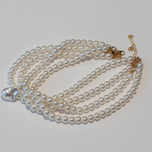 Collar triple perlas