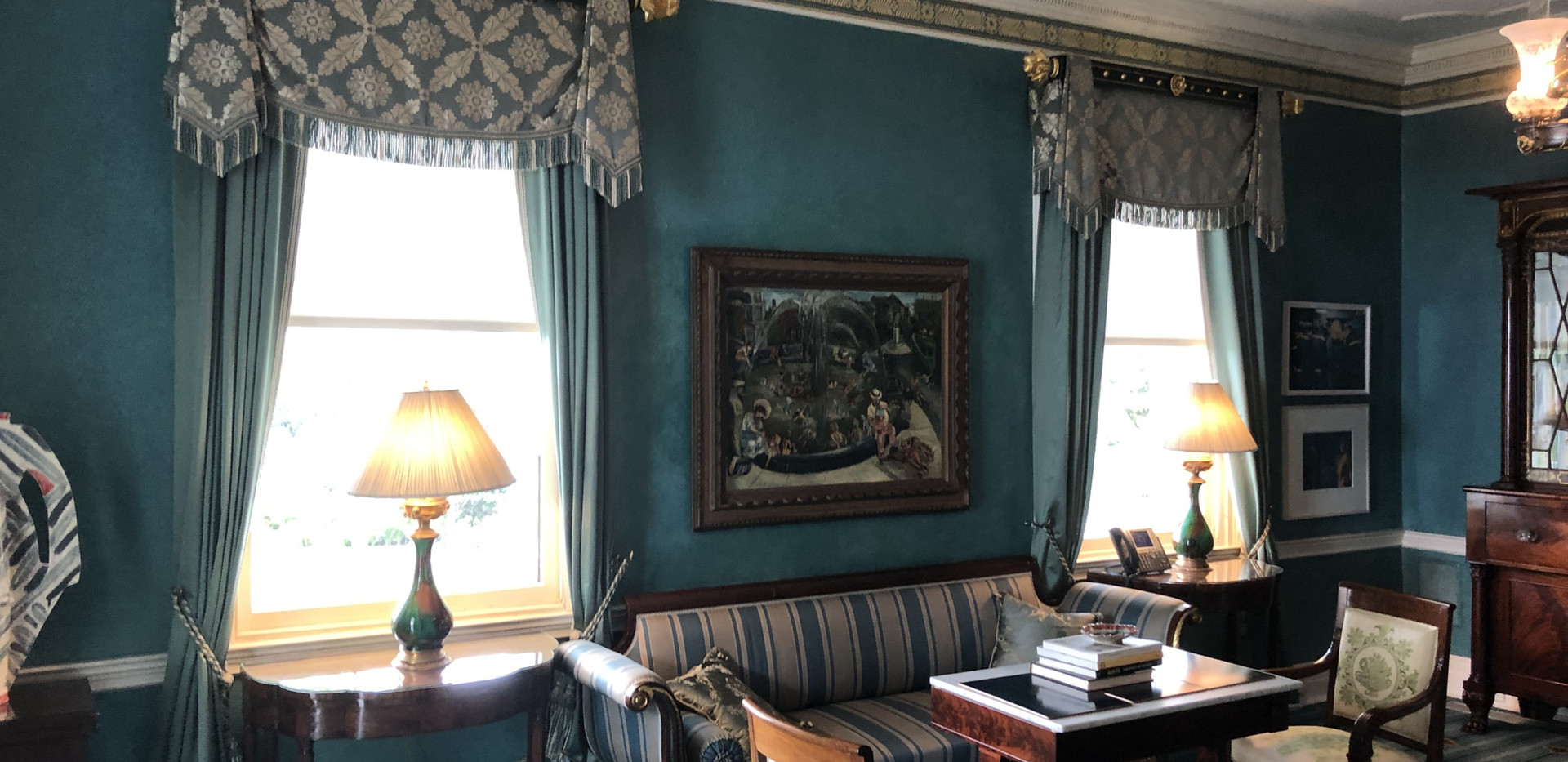 GRACIE MANSION LIBRARY 2