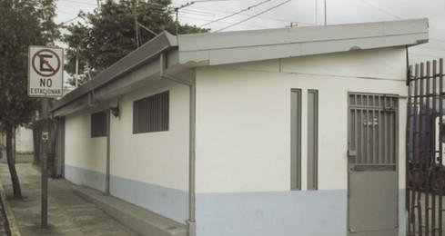 Abb. 5: Eingang zum ehemaligen Konzentrationslager an der Avenida 10 nahe des Cementerio des Obreros