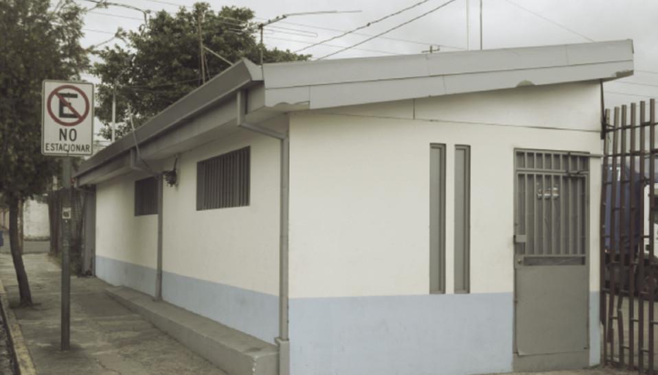 Fig. 5: Entrada al antiguo centro de concentración en la Avenida 10 cerca del Cementerio de Obreros