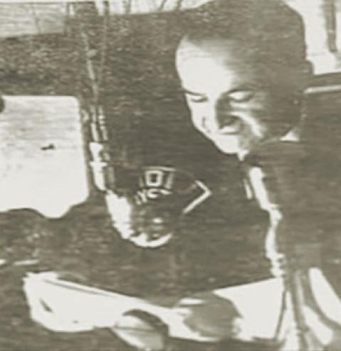Fig. 12: José Figueres Ferrer en un discurso de radio el 8.7.1942