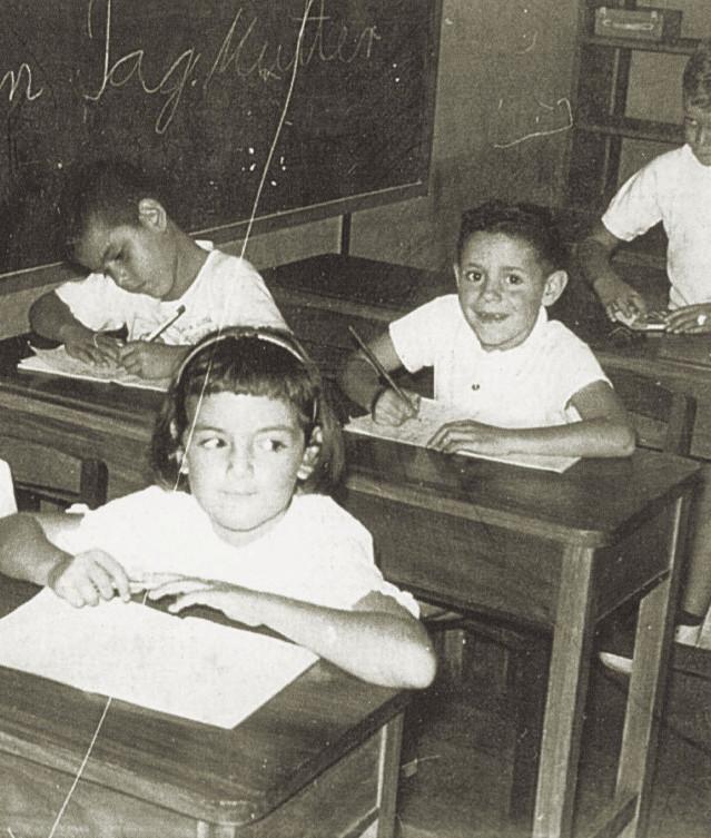 Fig. 11: Estudiantes de la Preparatoria A en el año 1960