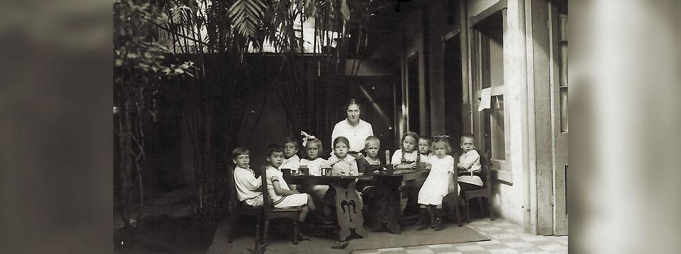 Kinder_aus_dem_deutschen_Kindergarten.jp