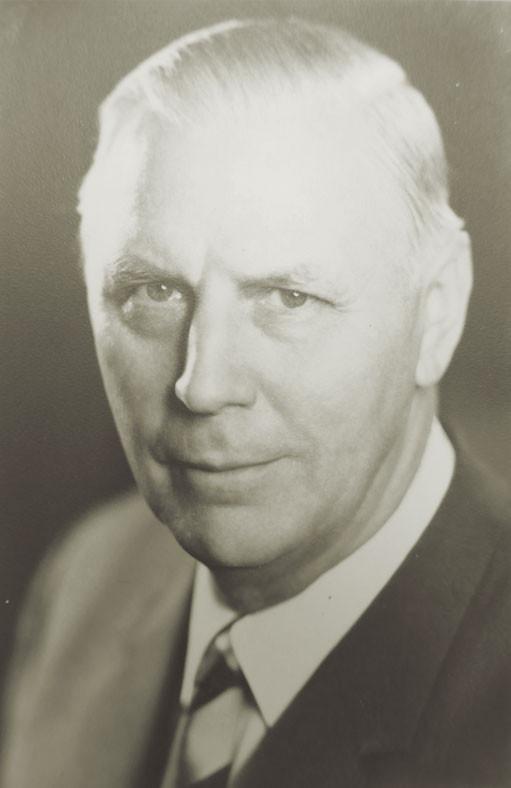 Abb. 2: Schulleiter Hannes Ihrig