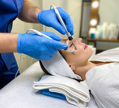Microcurrent therapy facial