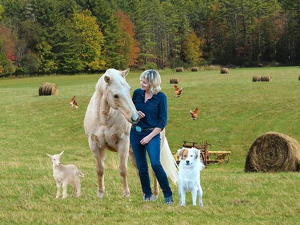 nicole_with_the_animals.jpg