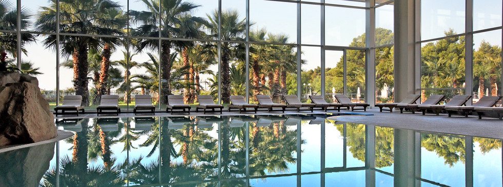 Indoor pool and Spa at Hotel Ivan