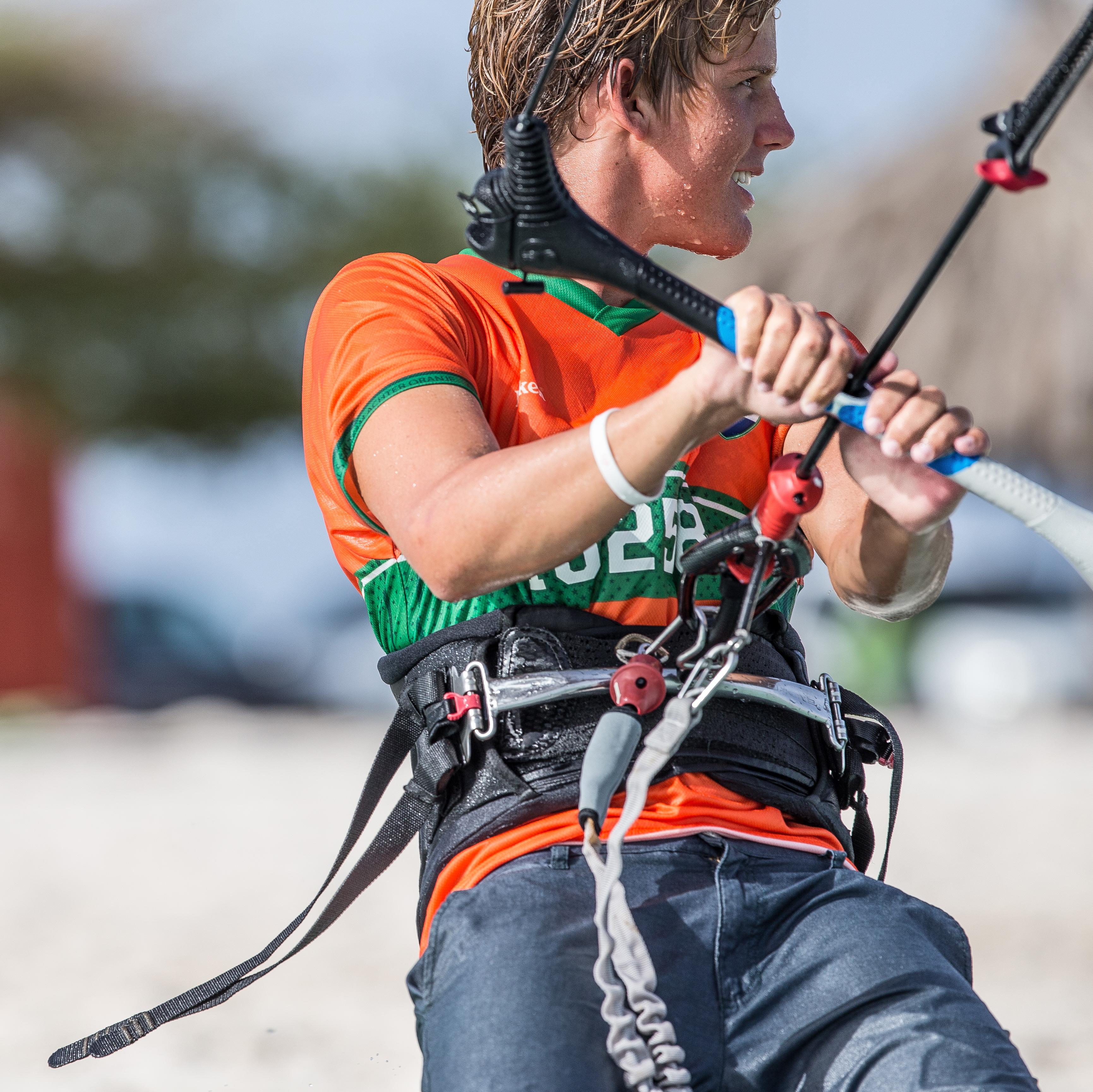 A73Q7396-1.jpg Kitesurfing Pictures