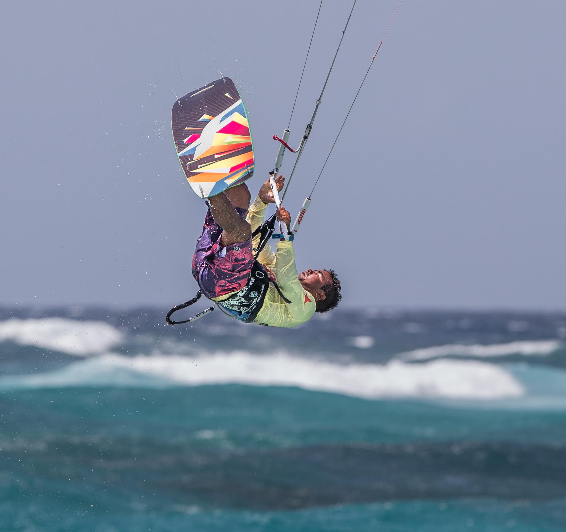 A73Q9497-1-2.jpg Kitesurfing Picture