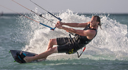A73Q5053-2.jpg Kitesurfing Pictures