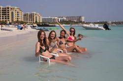A73Q2604-1.jpg Girls Bikinis Aruba