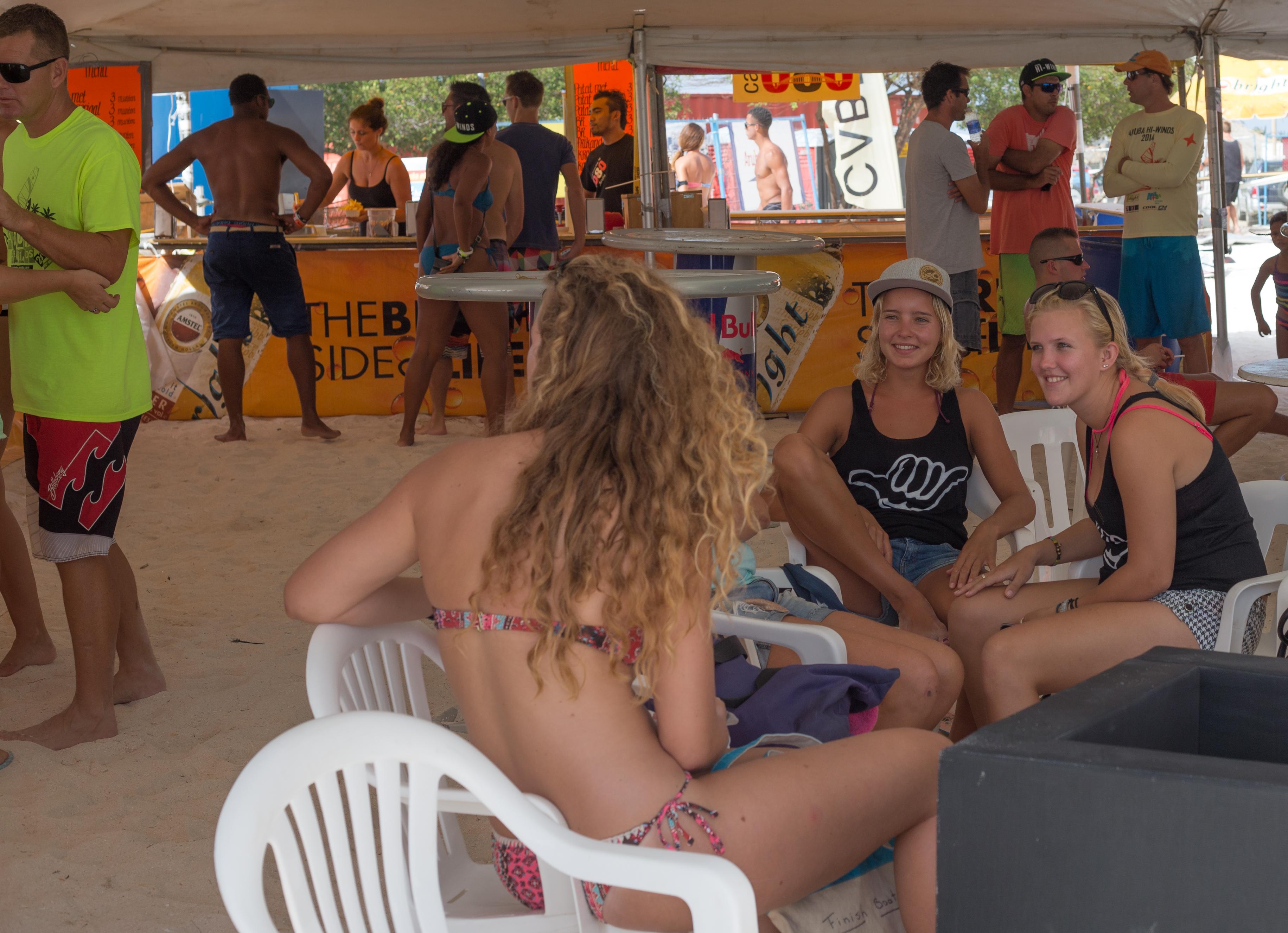 A73Q2617-1.jpg Hi-Wind Aruba Tent