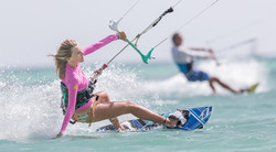 A73Q1765-1.jpg Female Kitesurfers