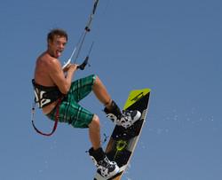 kitesurfing in the Aruba Sky
