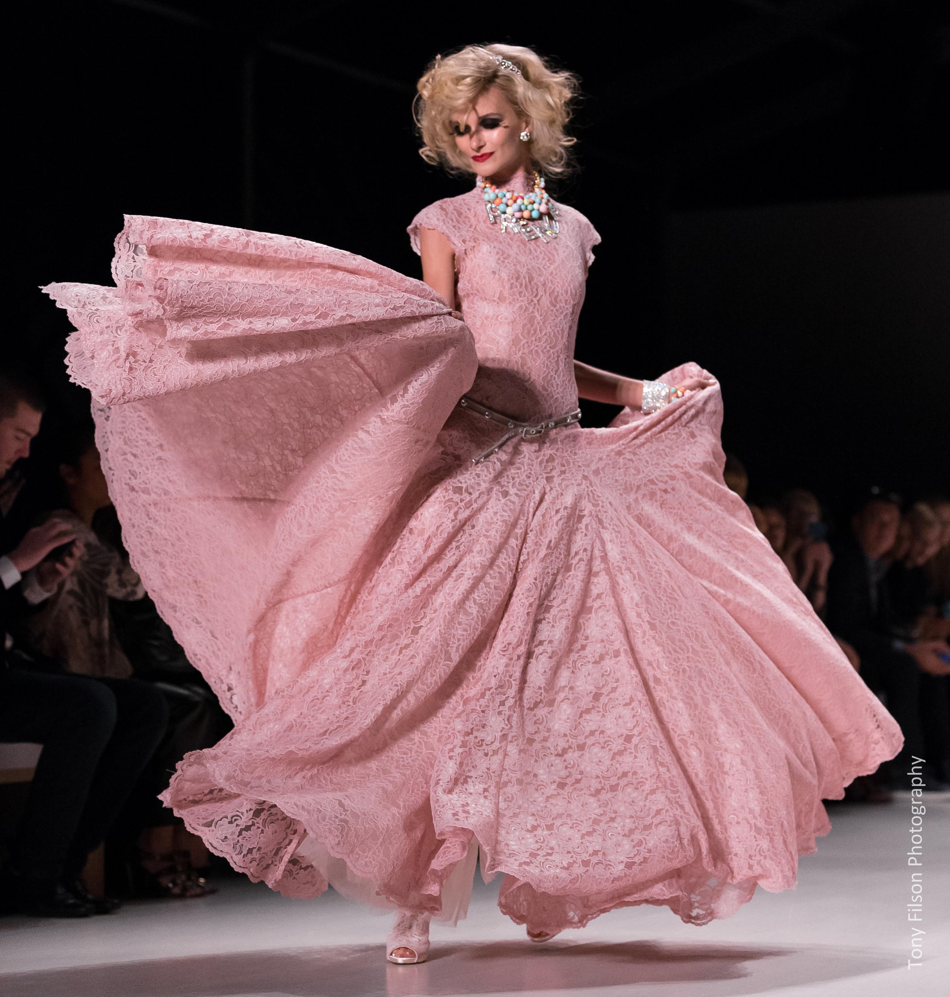 Runway Fashion by Tony Filson A73Q5307-1.jpg
