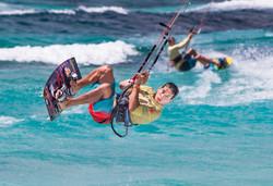 A73Q9012-1-2.jpg Kitesurfing Picture