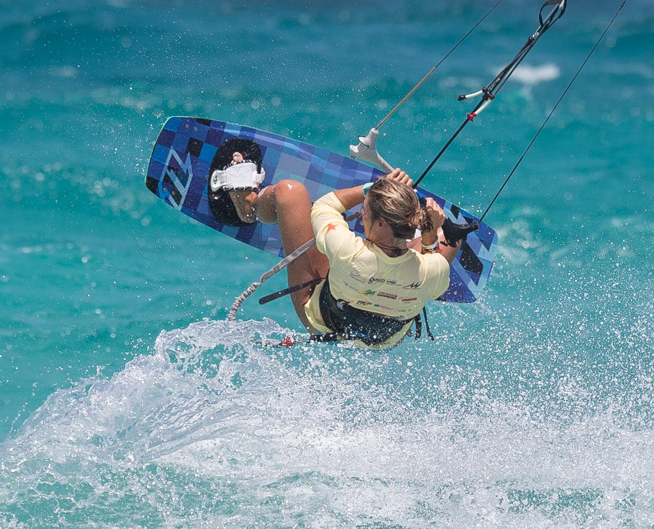 A73Q2250-1.jpg Kitesurfing Pictures