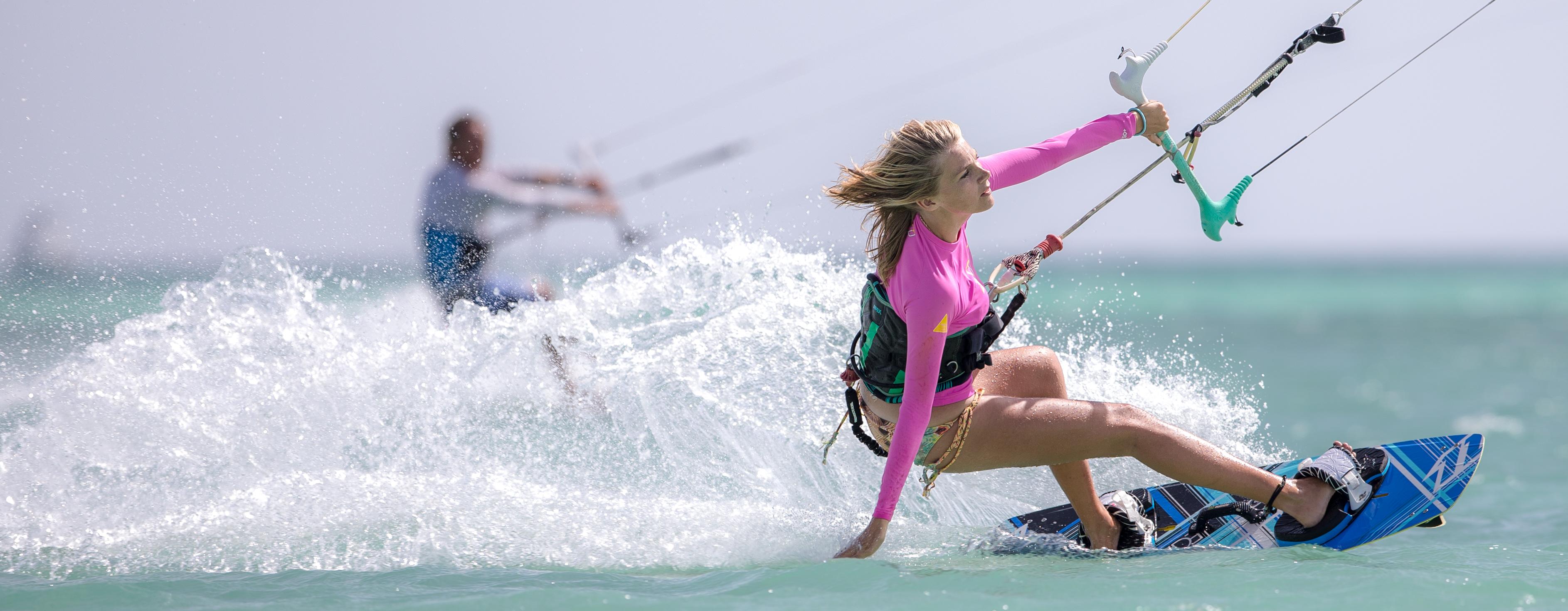A73Q1770-1-2.jpg Female Kitesurfers