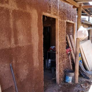 Secado de estucos gruesos y rellenos de tierra alivianada