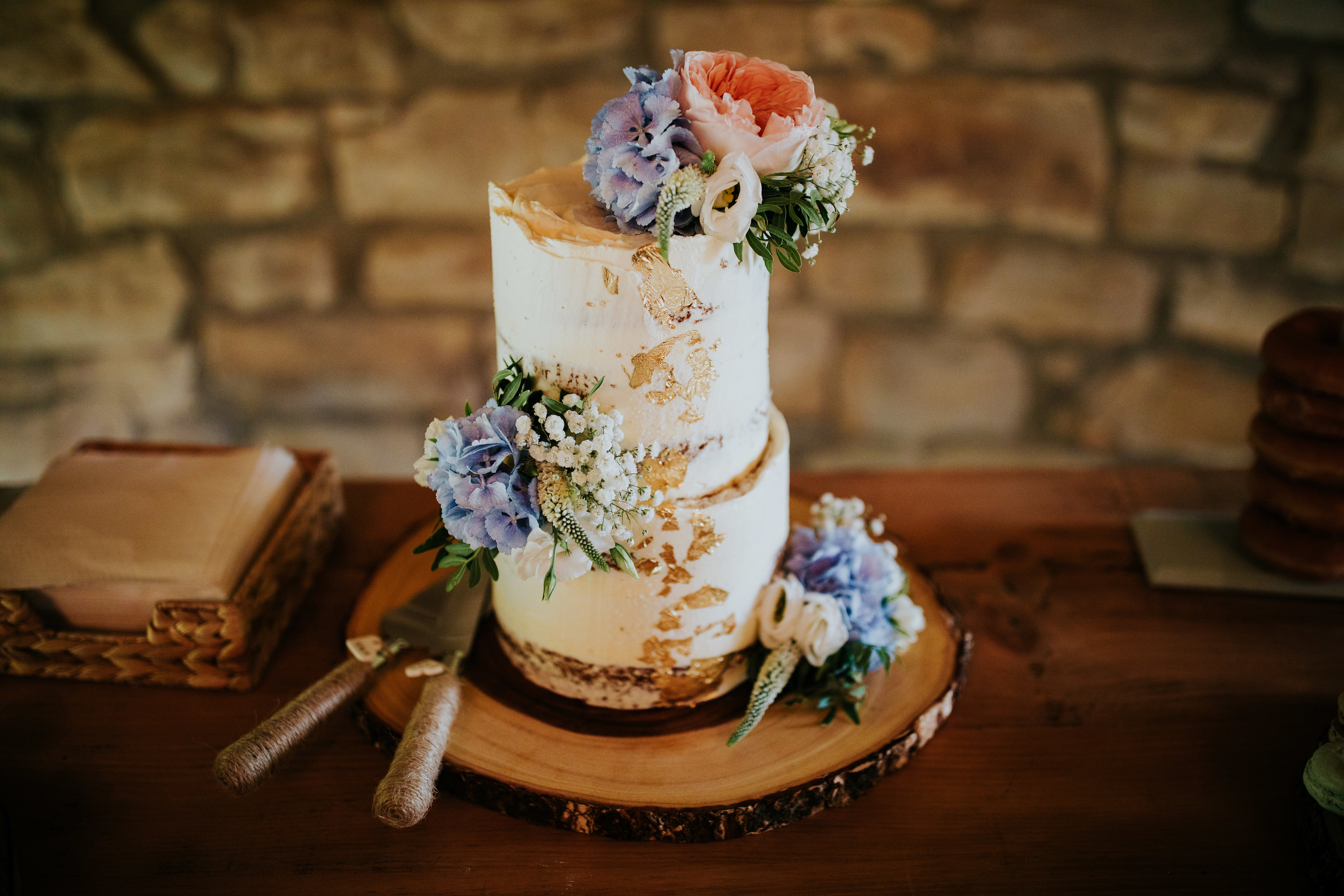 Cake Flowers for Wedding
