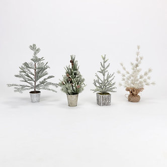 WINTER POTTED TREE
