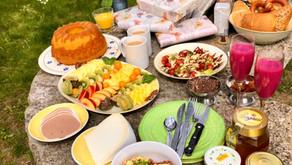 Gaben- und Gartentisch